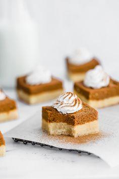 pie bars with almond cookie crust [vegan & paleo] . pumpkin pie bars with almond cookie crust . Learn more: BasilHealth at . pumpkin pie bars with almond cookie crust . Learn more: BasilHealth at Paleo Pumpkin Pie, Pumpkin Pie Bars, Pumpkin Spice Syrup, Pumpkin Dessert, Pumpkin Recipes, Healthy Pumpkin, Xmas Recipes, Pumpkin Pies, Fall Recipes