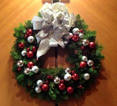 Winter, decor, wreath, seasonal, color, holidays, Christmas