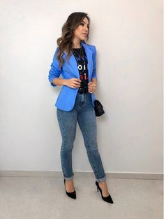 Camisa ml sabrina pink moda casual в 2019 г. Blazer Fashion, Fashion Outfits, Fashion Trends, Style Blazer, 1920s Fashion Women, High Fashion, Grunge, Business Casual Outfits, Queen