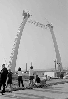 Building of the Arch in Saint Louis, Missouri