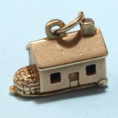 Vintage Gold Irish Charm Mill