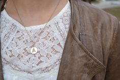 http://www.collegefashionista.com/all-in-the-details-spring-simplicity/