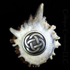 Unique Celtic Knot Deer Antler Kilt Pin Handmade Cap Badge Silver | celtique_creations - Accessories on ArtFire