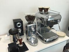 Ascaso Dream Polished Aluminum + Ascaso i-mini Polished Aluminum Cafe Interior Design, Espresso Machine, Mini, Amber, Pots, Coffee Maker, Shopping, Espresso Coffee Machine, Coffee Maker Machine