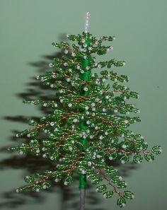 Бисероплетение - Елка .  Beading - Christmas Tree