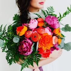 """2,229 Likes, 35 Comments - Inspired By This (@inspiredbythis) on Instagram: """"Have you ever seen such gorgeous color?! #everydayIBT & bouquet by @thelovelyave, Photo by…"""""""