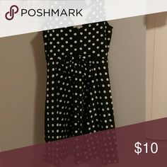 Dress It has polka dots, has a triangular back shows a little bit of your back. It has a bow in the back. And it is a skater dress H&M Dresses Mini