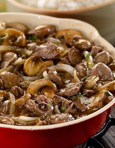 When it comes to nutrient-dense foods, chicken hearts, packed with protein and B vitamins, are at the top of the list. In this dish, their mild chicken flavor pairs perfectly with boldly spiced onions and mushrooms. Chicken Heart And Gizzard Recipe, Chicken Liver Recipes, Meat Recipes, Cooking Recipes, Healthy Recipes, Recipe For Chicken Hearts, Shrimp Recipes, Healthy Food, Chicken Gizzards