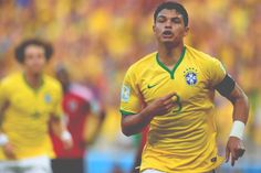 1-0 - Thiago Silva // #BRA@BrinkmannAmanda/Football Passion on Twitter
