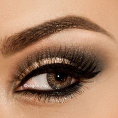 gorgeous look using the Urban Decay NAKED palette.