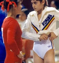 They are two of the most famous names in gymnastics history, but they couldn't have been any more different. Gymnastics History, Sport Gymnastics, Artistic Gymnastics, Olympic Gymnastics, Olympic Sports, Nadia Comaneci Perfect 10, 1972 Olympics, Native Girls, Simone Biles