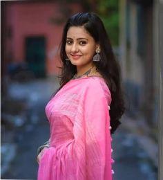 Sexy Indian Girls in Saree Beautiful Girl Photo, Beautiful Girl Indian, Most Beautiful Indian Actress, Beautiful Saree, Beautiful Women, Beautiful Models, Beauty Full Girl, Beauty Women, Star Beauty