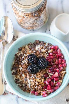 Sweet Mornings – Organic Cacao, Coconut and Quinoa Granola Recipe / Breakfast Recipes / Healthy Recipes