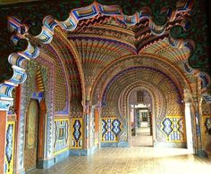 Peacock Room // Sammezzano Castle // Tuscany // In the post World War II era the palace served as a luxury hotel, later it was abandoned and was put up for auction in 1999. Today this estate counts 13 buildings with their own grounds amongst which the hotel, Casale Borghetto Pirelli, the hunting lodge, Casale Quartaio, Casale Sociana, two ruins, the Park Keeper's house, the Refreshment House, the Marnia Club House, the Terpini building and the surrounding park with its age-old trees.