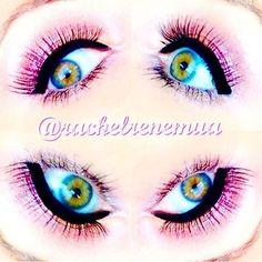 Maquiagem feita pela makeup artist americana @rachelrenemua usando os seguintes produtos: Jumbo Eye Pencil Cottage Cheese, Sparkle Nude e Strawberry Milk, Mechanical Eye Pencil Gold, Glossy Black Liner e delineador The Curve