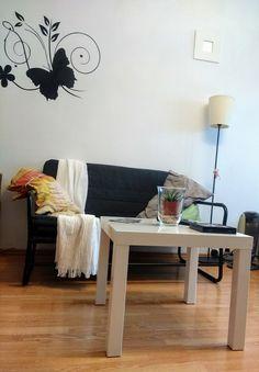 Hammarn ikea sofa Home Living Room, Living Room Designs, Girls Bedroom, Bedroom Ideas, Ikea Sofa, Tween Girls, Ikea Hack, Blue And Silver, Guest Room