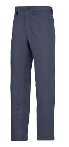 Must-have service chinos in contemporary design for amazing fit and working comfort. Made of durable yet smooth easy-care fabric for long-lasting good looks. Available in four colors. - Snickers Workwear Artnr. 6400