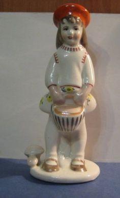 Little-Red-Riding-Hood-fairy-girl-Antique-USSR-russian-ceramic-figurine-3314c