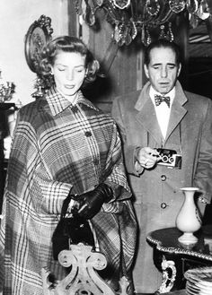 "vintagesonia: "" Lauren Bacall and Humphrey Bogart "" Old Hollywood Stars, Hollywood Actor, Golden Age Of Hollywood, Classic Hollywood, Diana Vreeland, Humphrey Bogart, Movie Couples, Famous Couples, Divas"