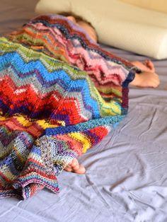 Baby blanket lightweight and colorful chevron by TinyOrchids Chevron Baby Blankets, Chevron Blanket, Blanket Crochet, Stroller Blanket, Baby Socks, Sock Yarn, Hand Knitting, Knitting Patterns, Bunt