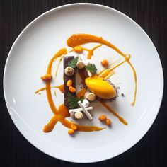 Foodstar David Vidal (@vidal31) shared a new picture via Foodstarz PLUS /// Chocolate and Sea Buckthorn #dessert #pastry #pastrychef #chocolate #seabuckthorn #foodstarz by foodstarz_official