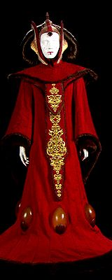 Queen Amidala | Throne Room Gown | The Phantom Menace