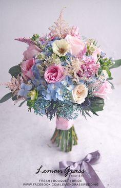 Fresh flowers www.facebook.com/LemongrassWedding #flower #bride #bouquet #lemongrasswedding #bridebouquet #freshflowers #wedding #florist #corsage #weddings #bridesmaids #silkflowers