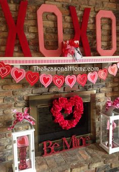 Instantly fill your room with loving spirit with these fab Valentine's Day decorations! valentines day party dekor Creative Ideas for Valentines Day Decorations My Funny Valentine, Valentines Day Party, Valentines Day Decorations, Valentine Day Love, Valentine Day Crafts, Holiday Crafts, Holiday Fun, Valentine Ideas, Valentine Mini Session