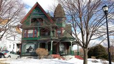 Edwardian Era, Victorian, Buildings, Cabin, Homes, House Styles, Home Decor, Houses, Decoration Home
