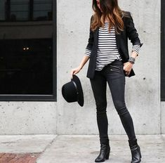 Shop sexy club dresses, jeans, shoes, bodysuits, skirts and more. Blazer Negro Casual, Look Blazer, Blazer With Jeans, Blazer Outfits, Casual Outfits, Fashion Outfits, Cute Office Outfits, Cute Outfits, Looks Style
