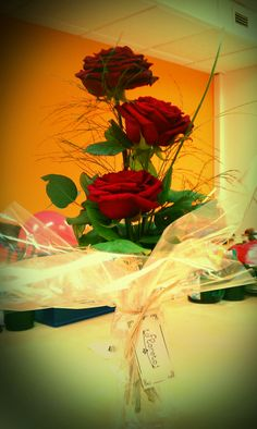 Good Morning Darling...this Day is very Important for me and today I can't stay with you, just Only this Present for you from Over my Heart...Only for you Kasey...Valentine's red roses 2/14/13 *
