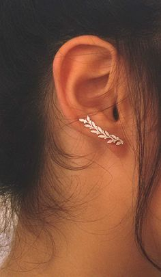 Leaves Ear cuff, STERLING SILVER Ear climber, Leaves Earrings, Nature jewelry, Delicate ear cuff.