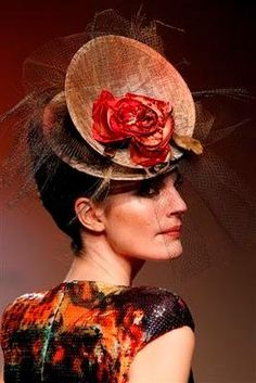By Pablo y Mayaya. I think the dress goes well with this hat. #millinery #judithm #hats