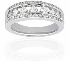 Pave Round & Channel Set Princess Diamonds Give a Unique Design To This Ravishing Anniversary Band