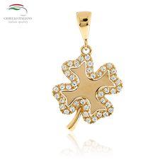 Venerdì 13? È solo una scusa per indossare questo. #gioielli #madeinitaly #artigianale #venerdi13 #artigianale #oro #pendente #charms #quadrifoglio #fortuna