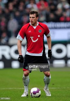 97715864-jan-durica-of-hannover-during-the-bundesliga-gettyimages.jpg (409×594)