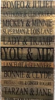 Join the list of famous couples! From Romeo & Juliet to Bonnie & Clyde, this fun wall art lists famous couples from books, TV shows, books and cartoons. #homedecor #giftsforher
