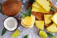 Următorul smoothie natural pentru slăbit activează metabolismul, arde kilogramele în plus și combate probleme ca retenția de apă.