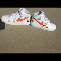 7ace6dcbb08 Shop Women s Nike White size Various Sneakers at a discounted price at  Poshmark.