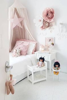 Inspiration from Instagram - Taryn @blessed_withmyloves Подписаться - pastel girls room ideas, pink and grey girls room design, girls kidsroom, kidsroom decor #girlsroomdecor #girlsroomideas #magicofchildhood #childhoodunplugged #instagood #instadaily #decor #interior #motherhoodthroughinstagram #instamumma #beautiful #lifewithkids #simplychildren #pocketofmyhome #interiordesigninspiration #wallart #sharemystyle #home #girlsroom #childrensroom #girlsdecor #wallhanging