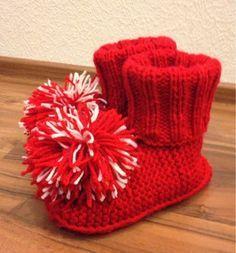Knitting Socks, Knit Socks, Mittens, Babe, Slippers, Diy, Decor, Fingerless Mitts, Decoration