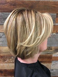 Blonde bob by @hairgirljess