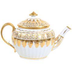 1stdibs.com | A Coalport White and Gilt Neoclassical Tea Pot with Greek Key Design