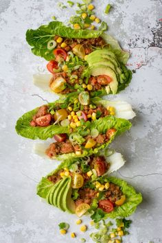 Refried Bean Lettuce wraps, perfect for a vegan lunch on the go, or just a lighter dinner option! Get this super easy recipe here! Burritos, Veggie Recipes, Vegetarian Recipes, Healthy Recipes, Vegetarian Sandwiches, Going Vegetarian, Vegetarian Breakfast, Wrap Recipes, Vegetarian Cooking