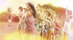 Mary Kay Colombia  Momentos marykayatplay™  #MomentoExtraordinario… Mary Kay Colombia, Diana, Couple Photos, Concert, Couples, Meeting New People, Dance Floors, Latin Women, Young Women