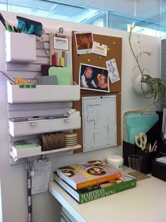 Note-it style home organization center