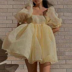 Puffy Dresses, Short Dresses, Mini Dresses, Pretty Dresses, Beautiful Dresses, Classy Outfits, Cute Outfits, Fairytale Dress, Looks Chic