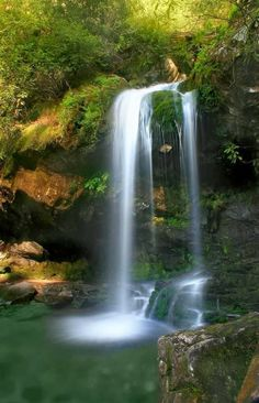 Grotto Falls, Tennessee