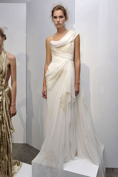 Marchesa Spring 2009 RTW - Runway Photos - Fashion Week - Runway, Fashion Shows and Collections - Vogue