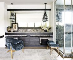 Courteney Cox's chic Malibu master bathroom